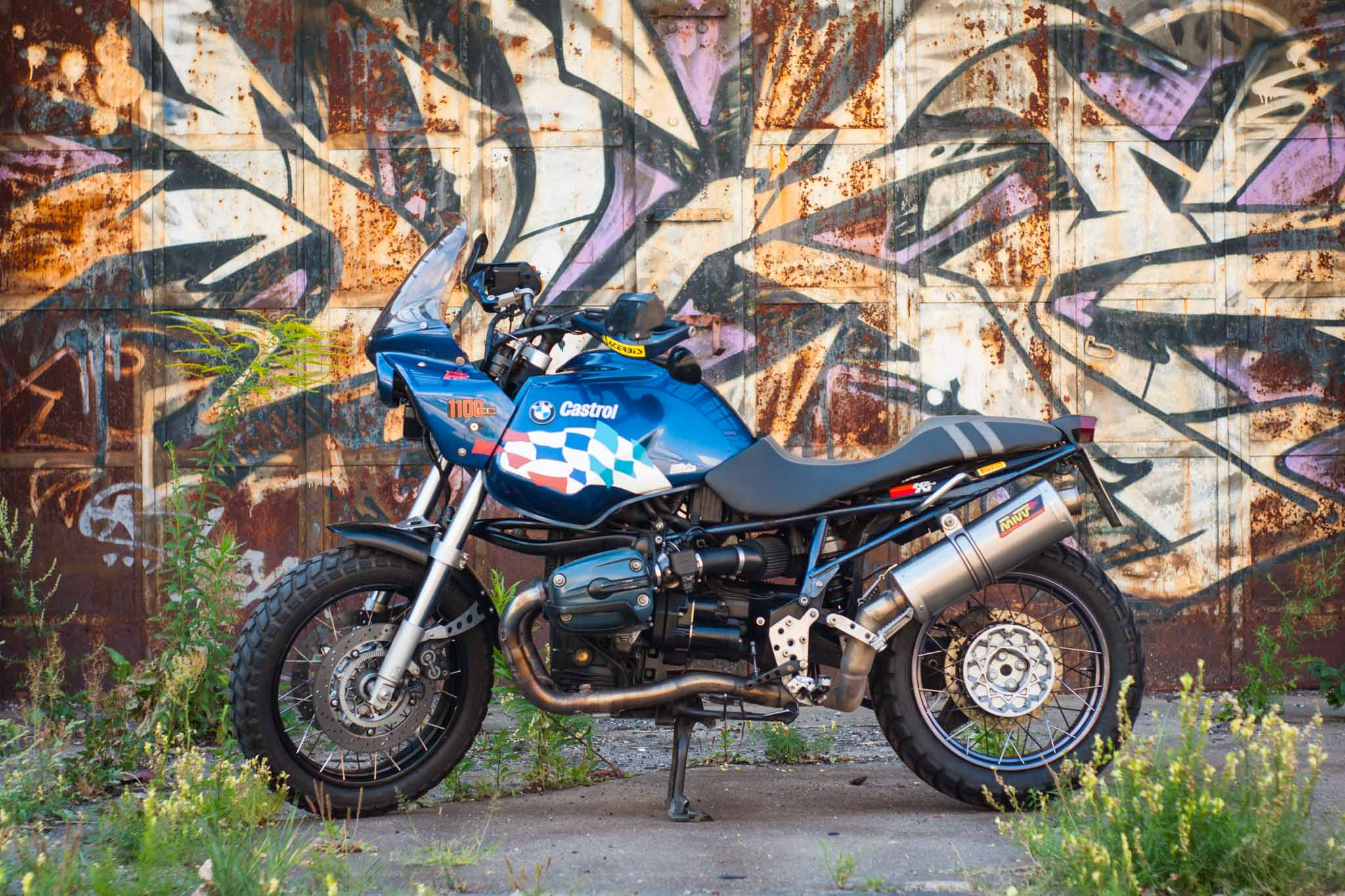 Mikki_Motos_BMW_R_1100_R-4